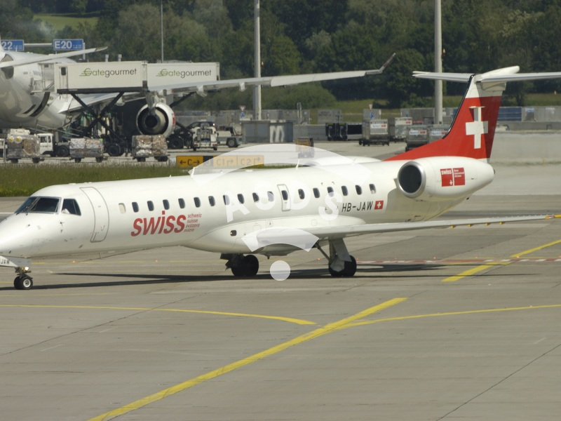 Swiss Airlines ERJ 145