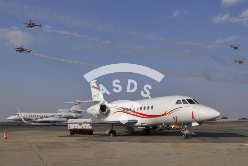 Falcon corporate jets