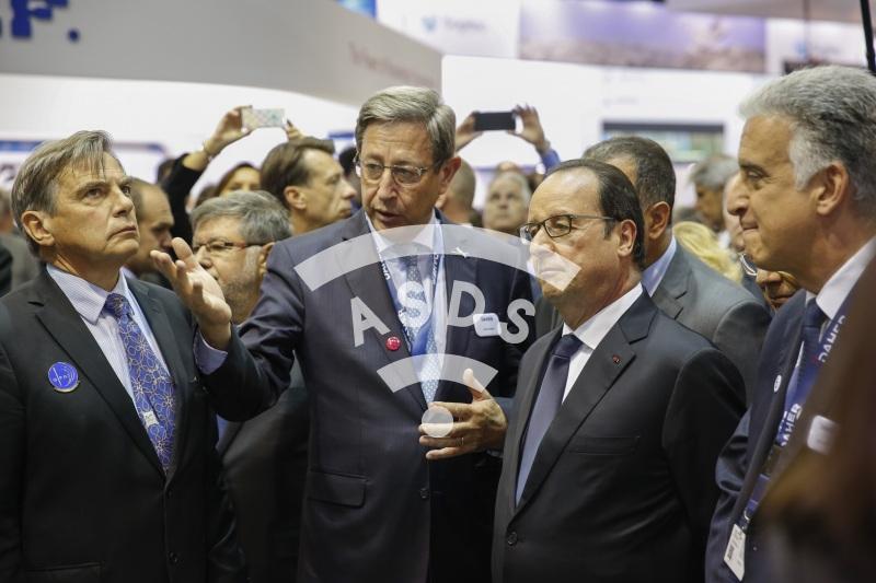 D. Kayat, P. Daher and F. Hollande