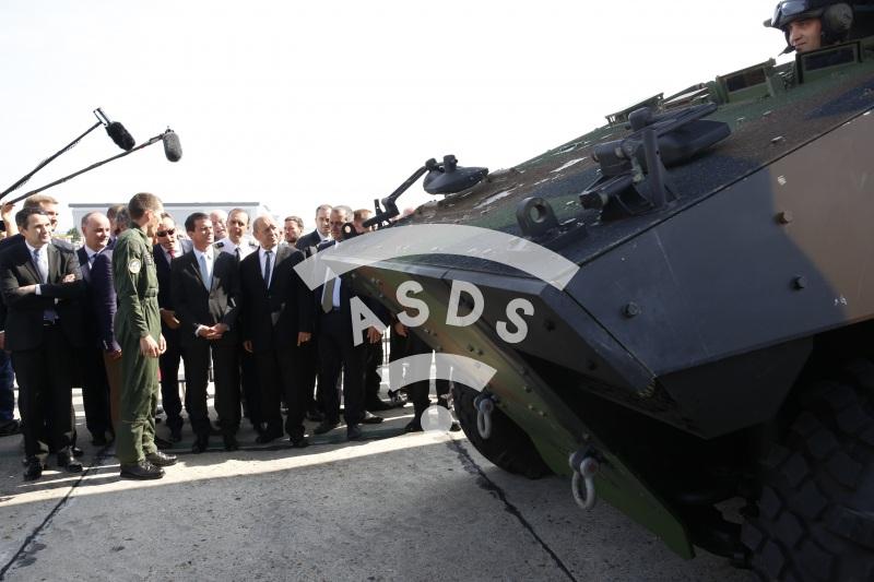 M. Valls at Paris Airshow 2015