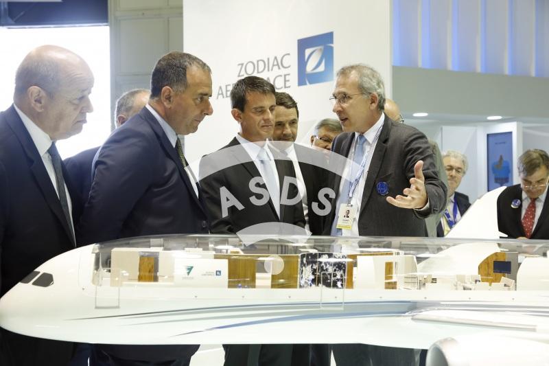 M. Valls, M. Lahoud and O. Zarrouati