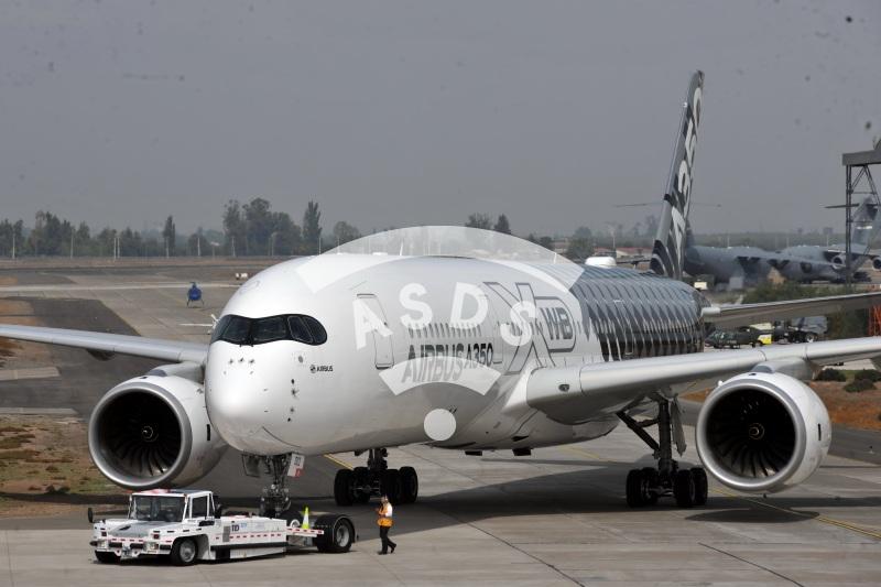 A350 at FIDAE 2016