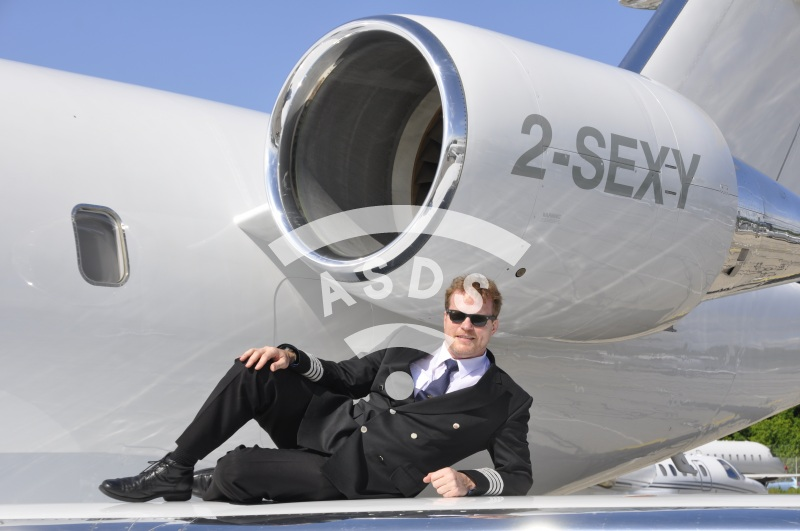 Challenger registered 2-SEXY
