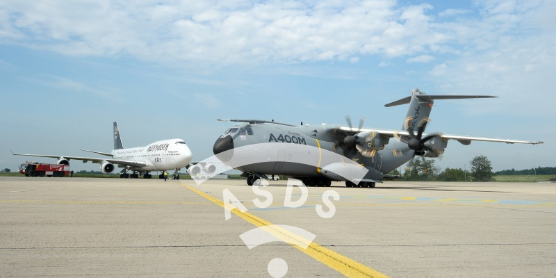 A400M and 747 at ILA Berlin 2016