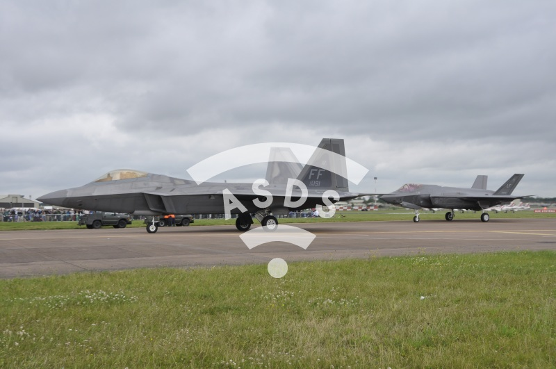 F-22 and F-35 at Fairford AFB