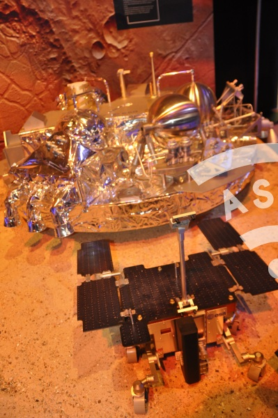 ExoMars Lander Schiaparelli with ExoMars Rover