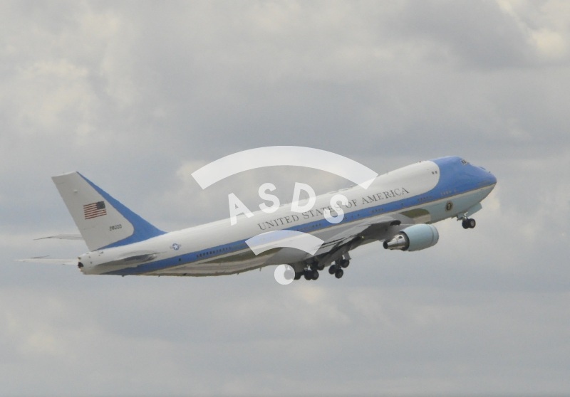 Air Force Two taking-off