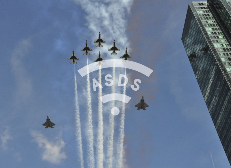 Thunderbirds and F-22 over Paris