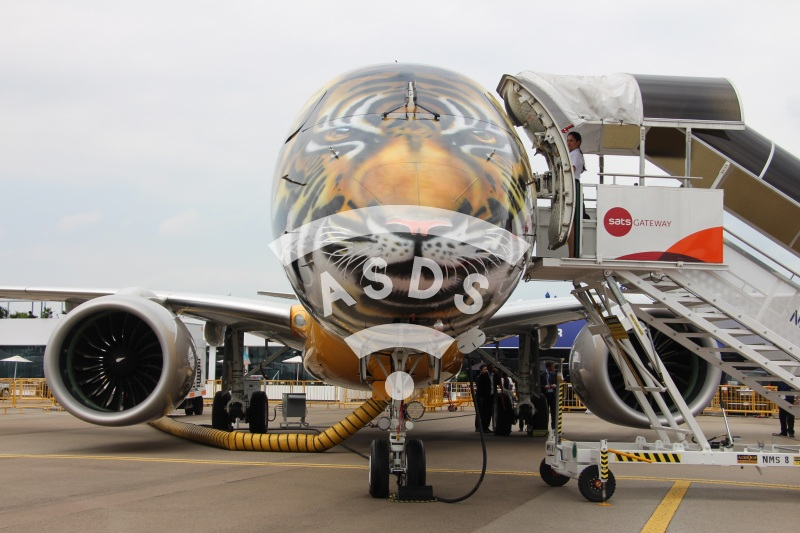 Embraer 195-E2 at Singapore Airshow
