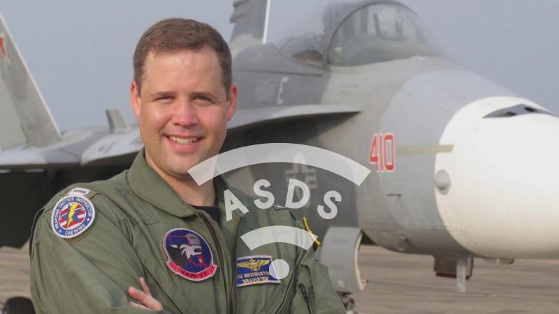 Jim Bridenstine, US Navy