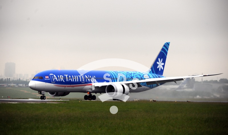 Boeing 787-900 Air Tahiti Nui at Paris-Le Bourget