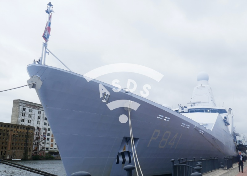 HNLMS Zeeland at DSEI 2019