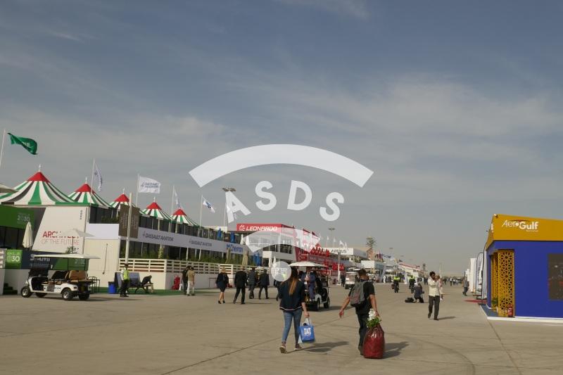 Dubai Airshow 2019 static display beginings