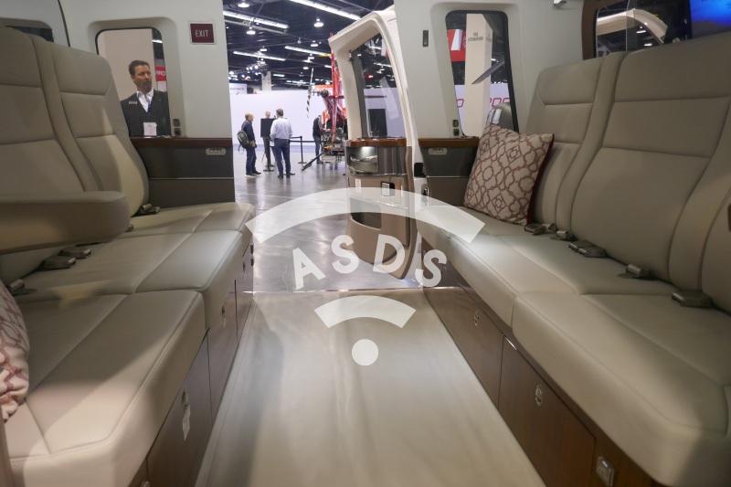 Sikorsky S-76D interior
