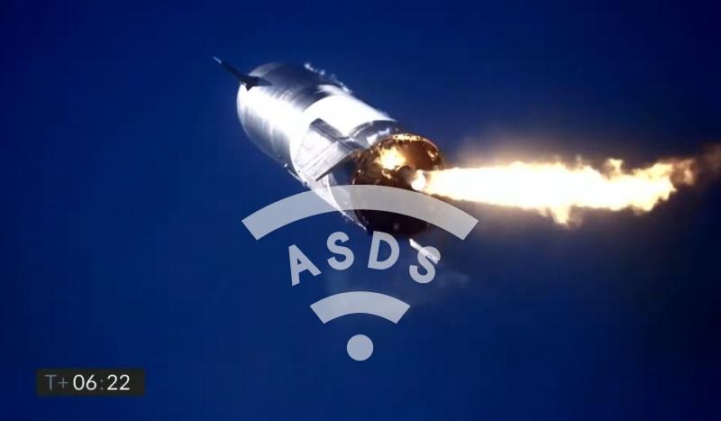 Starship SN9 in flight