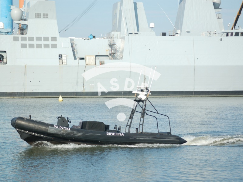Sirhena UVS test in Cherbourg harbour