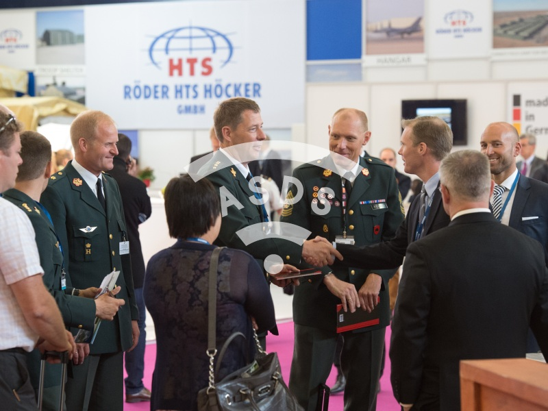 Military Delegation at Eurosatory 2014