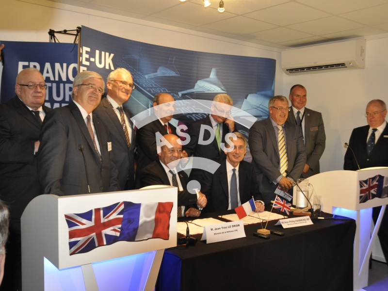 UK-French strategic agreement signed at Farnborough