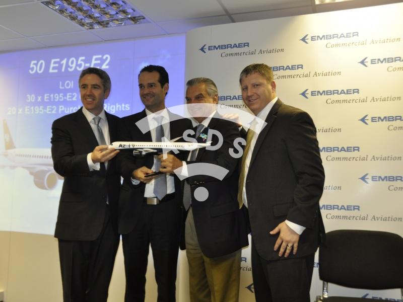 Farnborough, Brazil's Azul signs for 50 E-195-E2